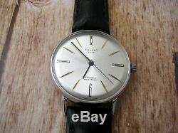 Vintage Ultra Slim De Luxe Russian USSR Soveit Wrist Watch Original Mechanical