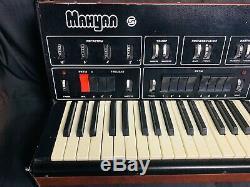 Analog Rare Manuel Vintage Soviétique Synthetiseur Et Urss Drum Machine Russe