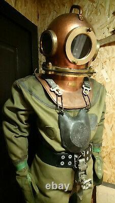 Costume Original De Plongeur Soviétique À 3 Boulons. Urss Maritime