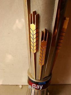 Emblème Souvenir Russe De La Flamme Russe Ukrainien Faucille Et Marteau En Acier Inoxydable