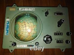 Espace Soviétique Globe De Navigation Et D'atterrissement À Bord Du Vaisseau Spatial Soyuz-7 Russe