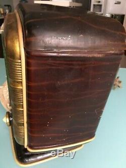 Légende Russe Soviétique Soviétique Tube Vintage Radio -54 Zvezda-54 Étoile Rouge. Rare