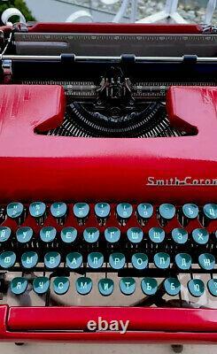 Machine À Écrire Sterling Smith-corona 1950. Aveccase. (clés Russes Urss)