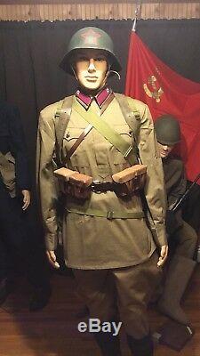 Uniforme Russe Fixé Par L'armée Rouge Soviétique Schuster Rkka Wwii (m35)