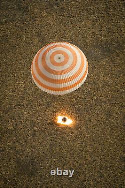 Valve De Dôme D'air Parachute Soyouz Spaceship Soviétique Espace Russe