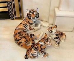 Vintage Porcelaine Fine Avec Tiger 2 Cubs Big Cats Urss Russe Lomonosov