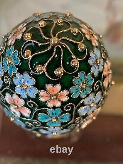 Vintage Russe Gilt 925 Argent Coloré Cloisonne Émail Egg Cup Étoile De L'ère Soviétique